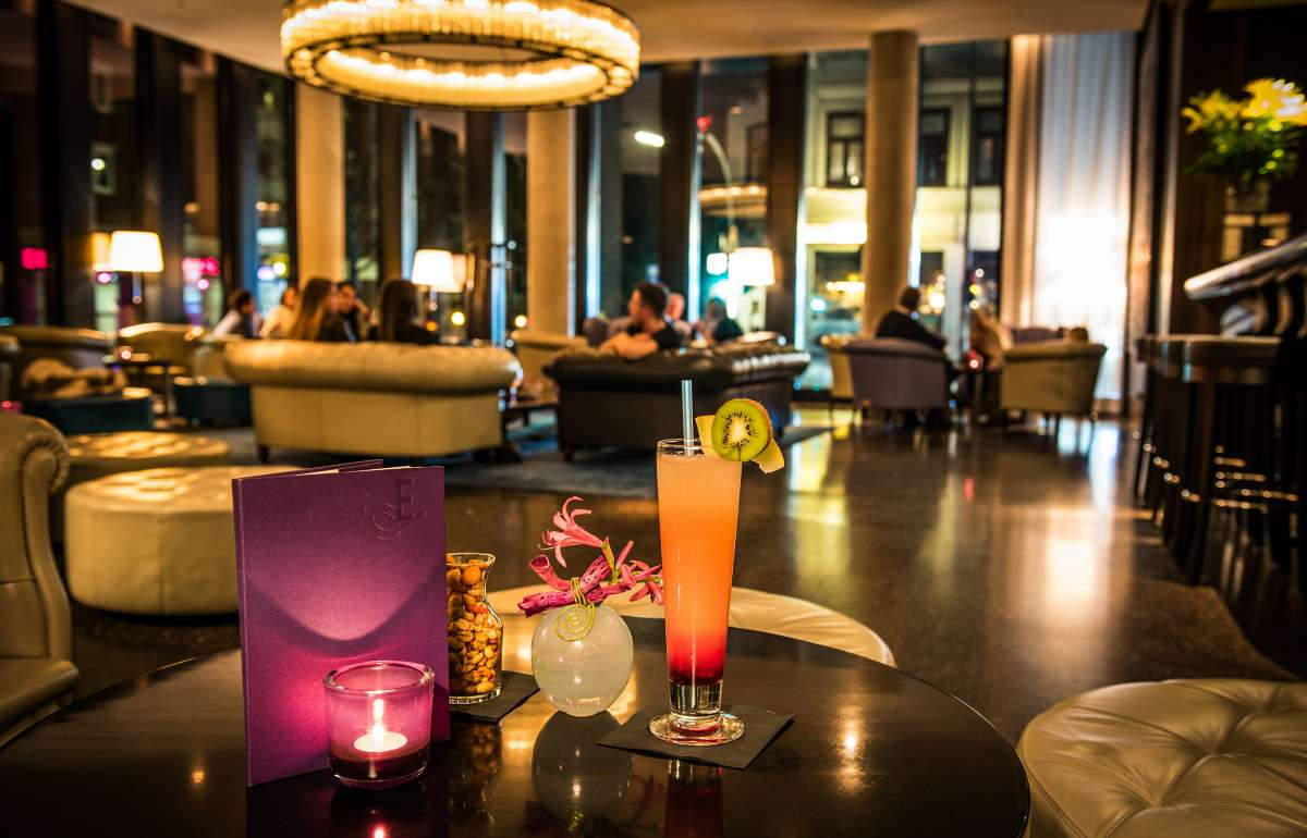 Bar und Kaminlounge | DAVID'S | Empire Riverside Hotel