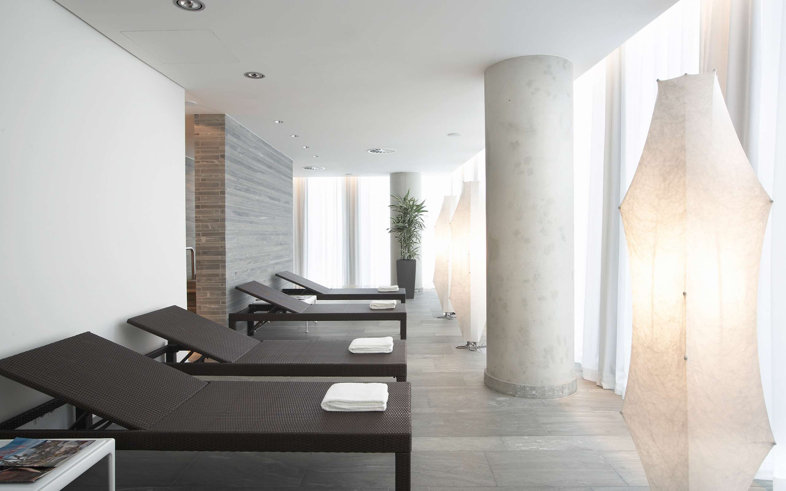 Fitness and Spa | Relaxation Area | Empire Riverside Hotel