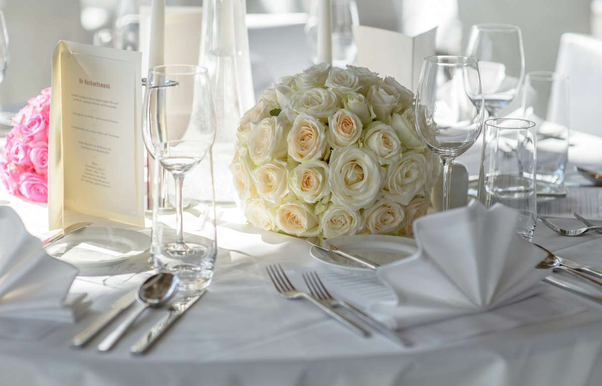 Weddind | Table Decorations | Empire Riverside Hotel
