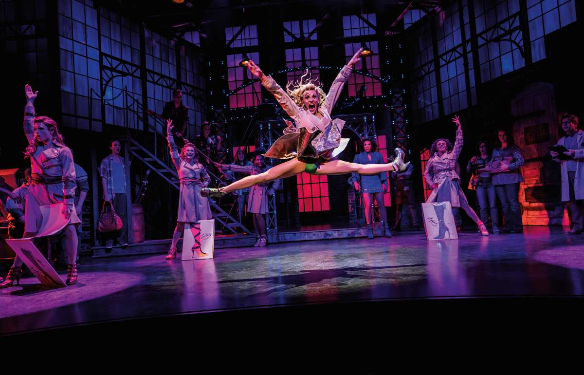 Musical Kinky Boots | Empire Riverside Hotel