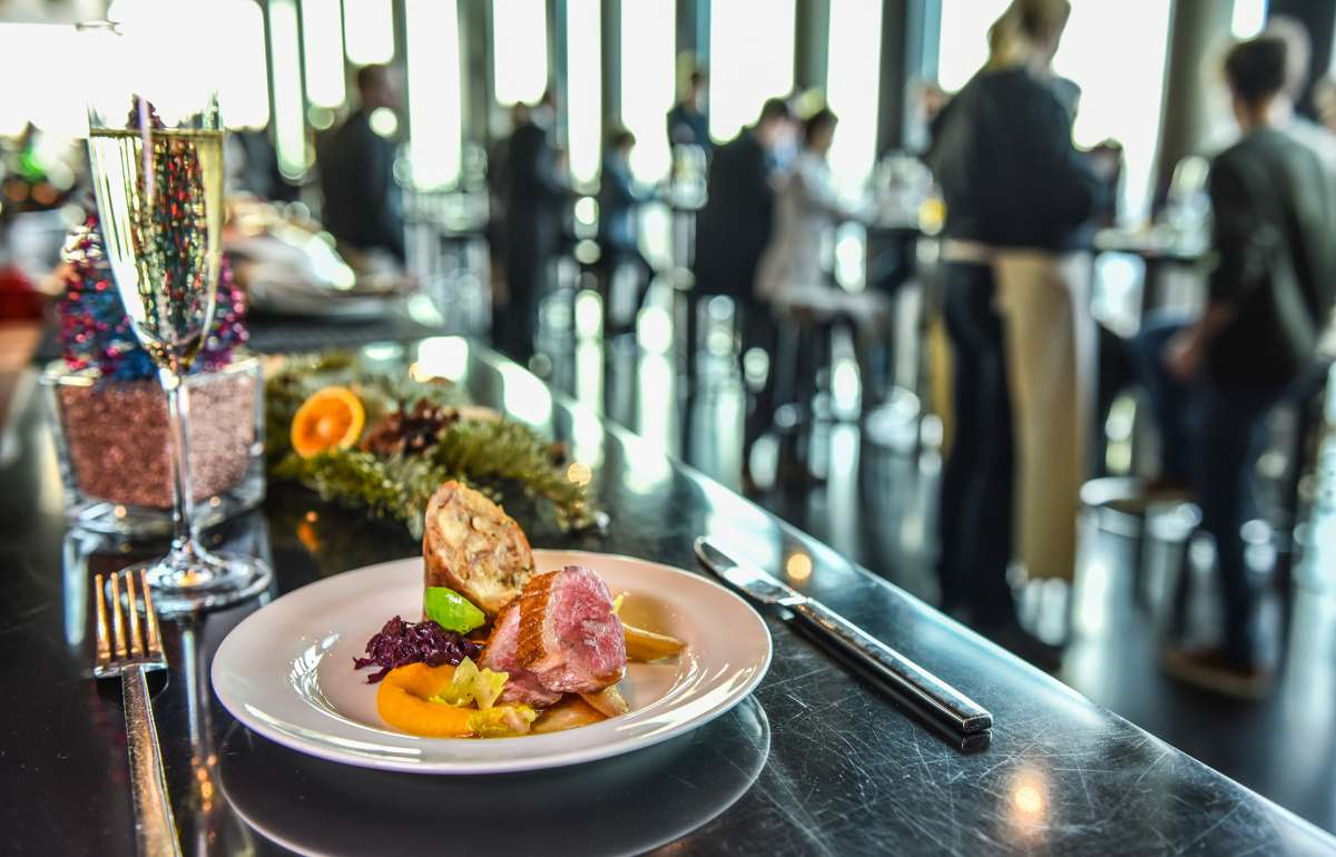 Brunch | Weihnachten | Sekt und Gans | Skyline Bar 20up | Empire Riverside Hotel